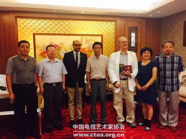 2015(中国视协领导会见美国艾美奖评审机构一行)